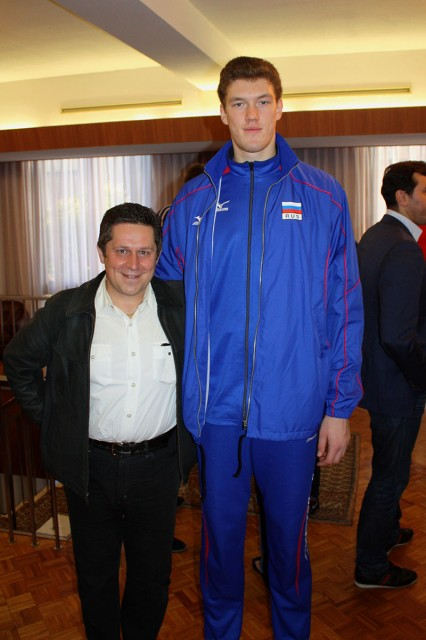 Dmitriy Muserskiy - 7 feet 1.8 inc