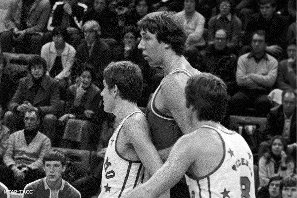 Самые высокие баскетболисты