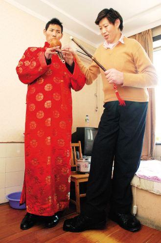 Ван Фензинь 233 см и Жао Лиань 227 см